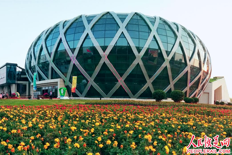 中建交通建设集团承建灵寿县文化中心工程侧记